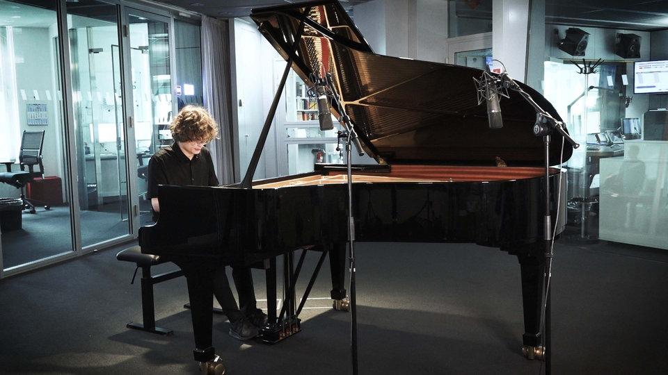 Gustav Piekut - WDR video