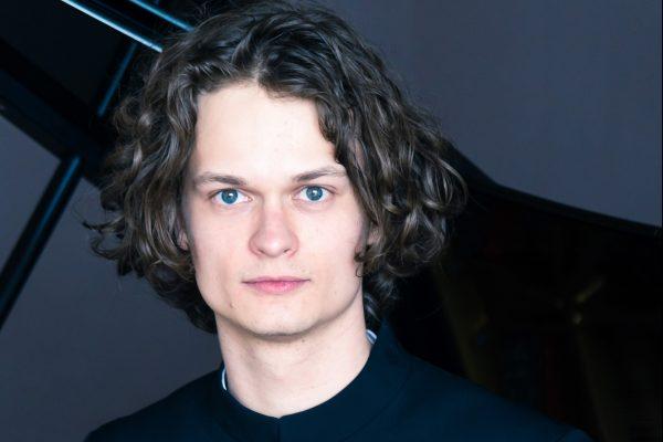 Gustav Piekut photo 03
